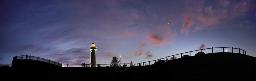 From Kiama Blowhole, with Jupiter & Venus - Pano